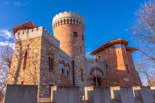 dracula-castle-bucharest